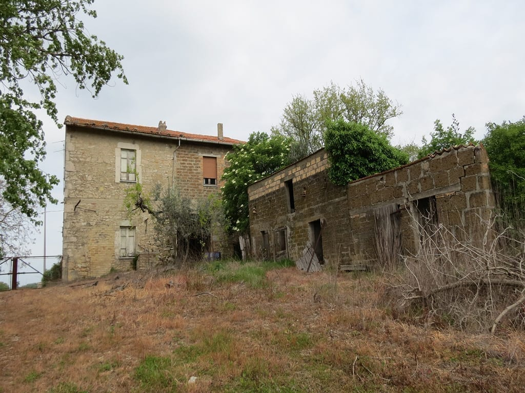 Farmhouse to restore todi antonini partners real